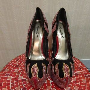 #007-Alba stiletto heels. Size 7